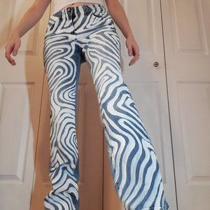 70s inspired groovy waves psychedelic flared jeans